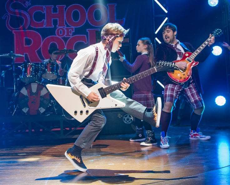 School-Of-Rock-20-10-16-New-London-4787_RT.jpg